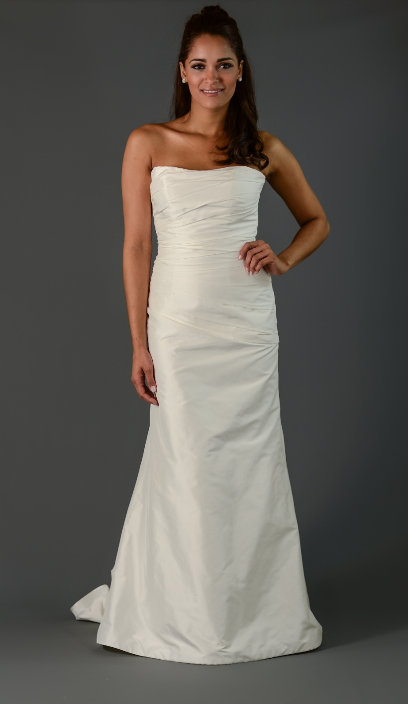 Boston Wedding Dress Outlet | deweddingjpg.com